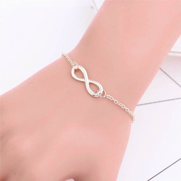 Jewelry - Dainty  Infinity Bracelet Chain